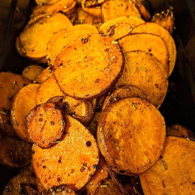 Sweet potato, Skin on or off? #debate – – #pizza #Theviewpizza  #food #sweetpotato #vegetarianrecipes