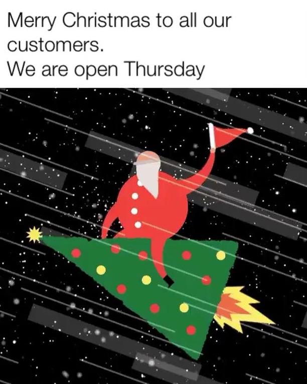Do you see a Xmas tree or a pizza?If it's pizza, don't worry we are open Thursday #theviewpizza  #killcare #hardysbay #pizza #holiday #coastalstyle #centralcoast #centralcoastnsw #wagstaffe #prettybeach