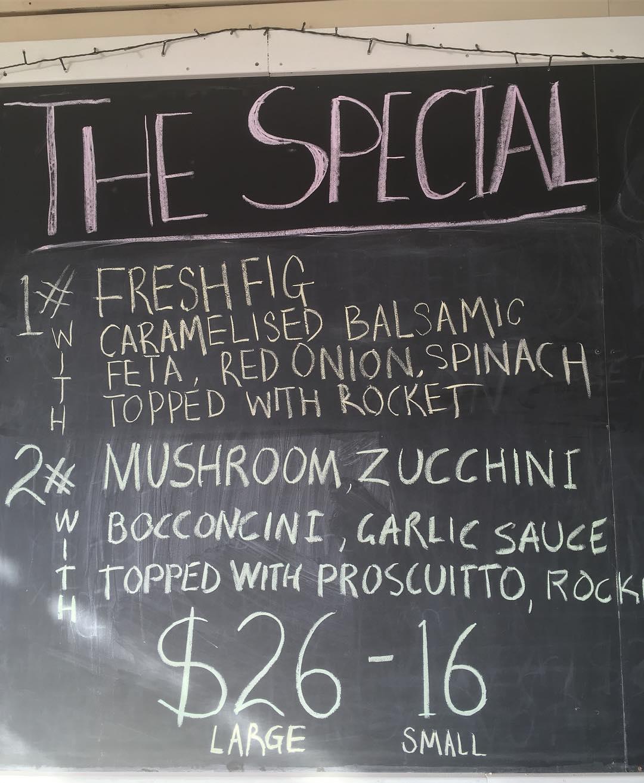 2 specials tonight! Fresh fig it zucchini. Maybe both together?  #theviewpizzaspecial #theviewpizza #killcare #hardysbay #zucchini #prosciutto #balsamicvinegar